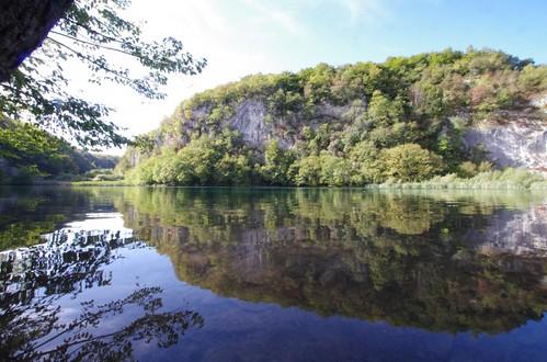 湖のある風景2
