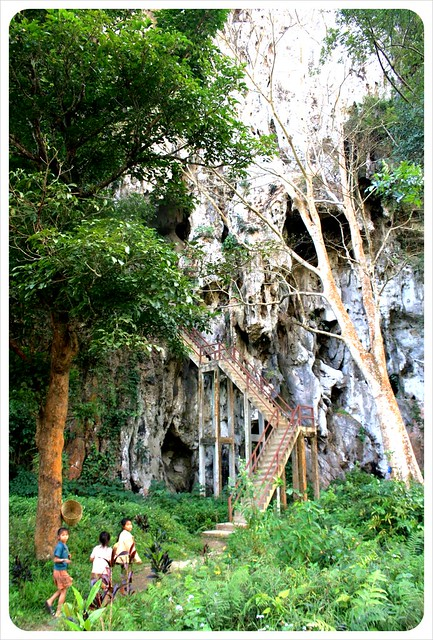 nong khiew cave entrance