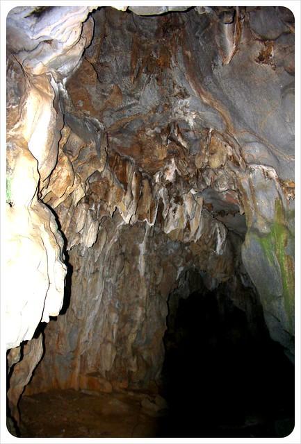 cave near muang ngoi neua