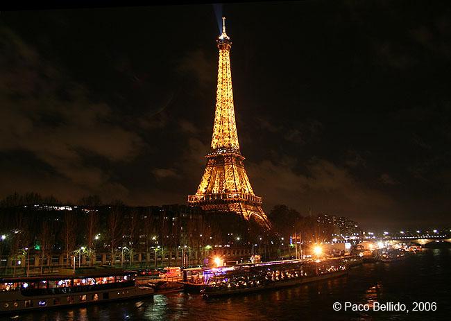 Tour Eiffel. © Paco Bellido, 2006
