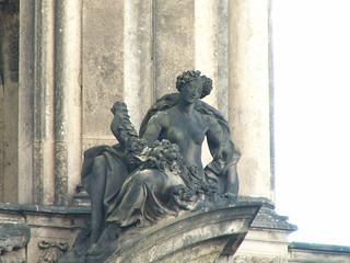 Die schöne Maid in Dresden spricht von der Seligkeit 037
