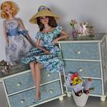 Barbie Room Dress Up Games