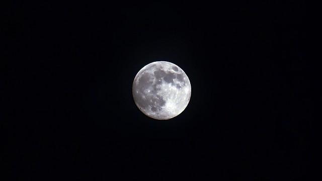 Moon over Málaga