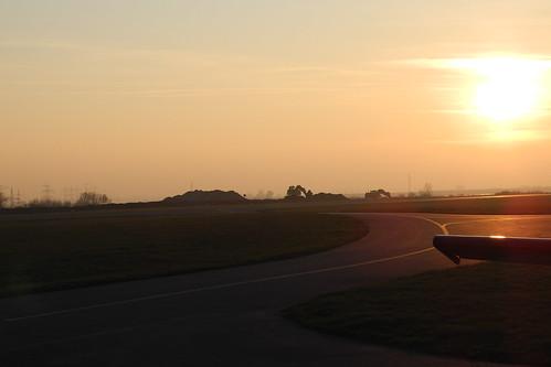 sunset aviation aerodrome stockerau loau
