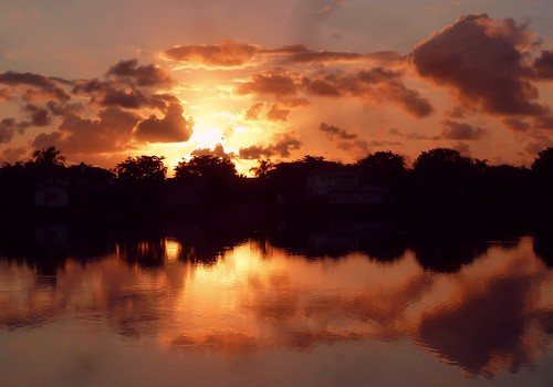 lake color reflection nature beauty silhouette sunrise unitedstates natural florida dramatic drama cloudscape southflorida browardcounty coralspringsflorida