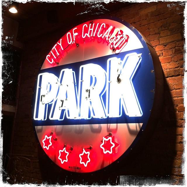 Vintage Neon: Chicago Park