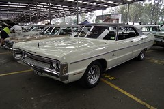 1971 Dodge DG Phoenix 400 hardtop sedan