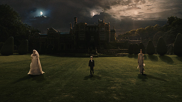 Nothing left to do but wait for the inevitable cataclysm in MELANCHOLIA.