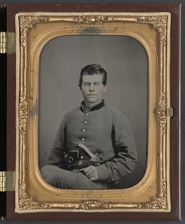 [Theophilus Mann of Company G, 1st (Farinholt's) Virginia Infantry Battalion Reserves, with pistol and knife] (LOC)