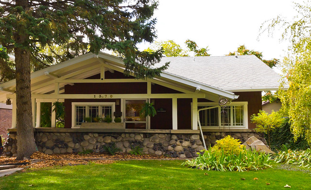 Rock Porch Airplane Bungalow House | Flickr - Photo Sharing!