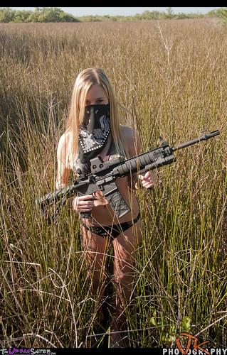 girl model woods ar rifle dirty bikini bullets ar15 barbi codi assaultrifle girlsguns backwoodsbarbie theurbansniper joeynewcombe