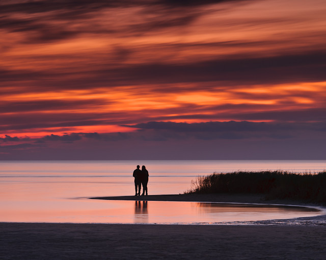 romantic sunset at seashore - photo #15