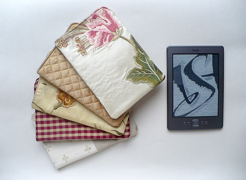 Silk kindle sleeves