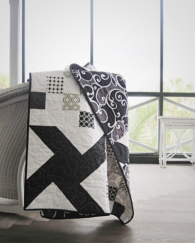 black and white quilt 1