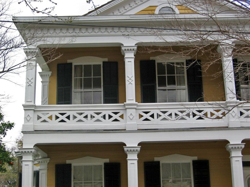 Clara barkley dorr house news for Clara house
