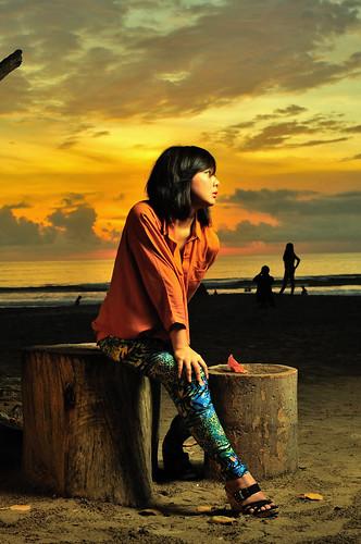 ladies sunset portrait bali orange beach girl beautiful yellow 35mm indonesia landscape photography model nikon lovers potrait kuta denpasar d90 strobist sb900