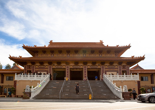 Hsi Lai Temple, the Front Hall.