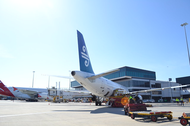 Air New Zealand Melbourne Airport 17.11.11.