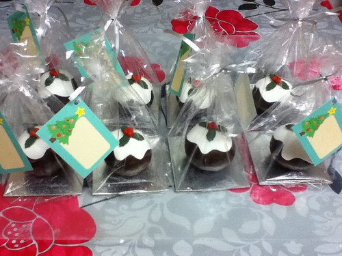 Mini Christmas Pudding Chocolate Cakes all packaged by emtysoe