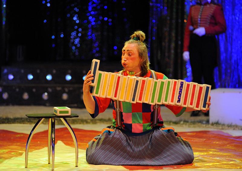 Circus Mondao, Swineshead 2012