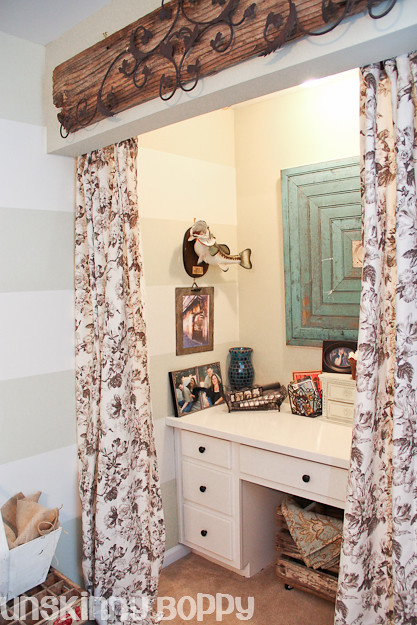 desk niche with curtains