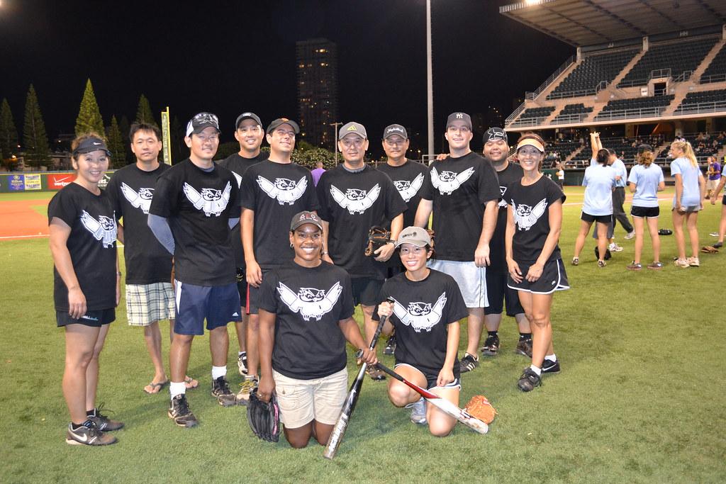 <p>The UH West O'ahu Pueo team for the UH AUW Softball Tourment at Les Murakami Stadium on Sept. 30, 2011</p>