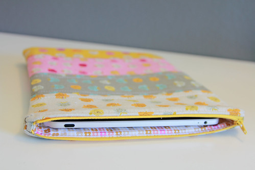 Scrappy iPad case with zipper