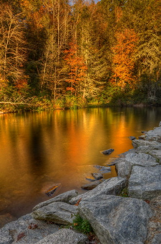 autumn fall nature pool reflections nikon northcarolina fallfoliage hdr hookerfalls landscaped dupontstateforest photomatix neutraldensityfilter tonemapped nikond90