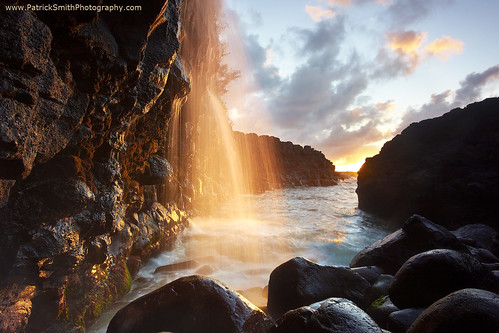 ocean sky cloud seascape black rock landscape hawaii lava waterfall pacific kauai queensbath