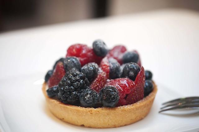 Mixed Berry And Mascarpone Cheese Cake Kitkat