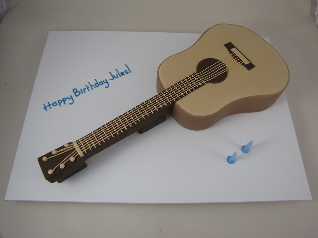 Guitar Cake Acoustic Guitar Cake Chocolate Mud Cake With Flickr