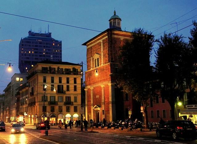 Milano corso di porta romana basilica di san nazaro in - Autoscuola porta romana milano ...