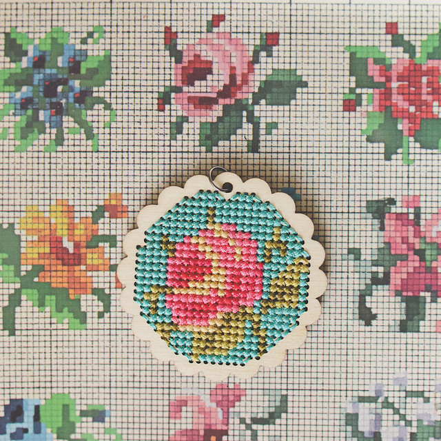 Cross Stitch: Floral Pendant « GOODKNITS // A Knitting