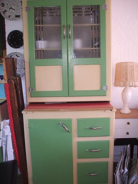 Whitney's kitchen, 50s style