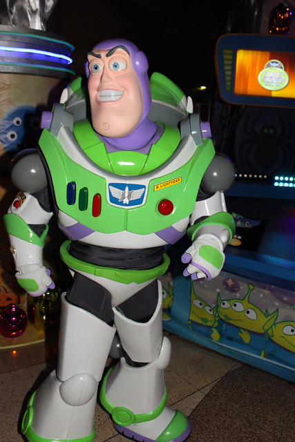 Buzz Lightyear's Intergalactic Space Jam