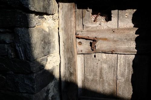 La porta by Andrea Ghirardi