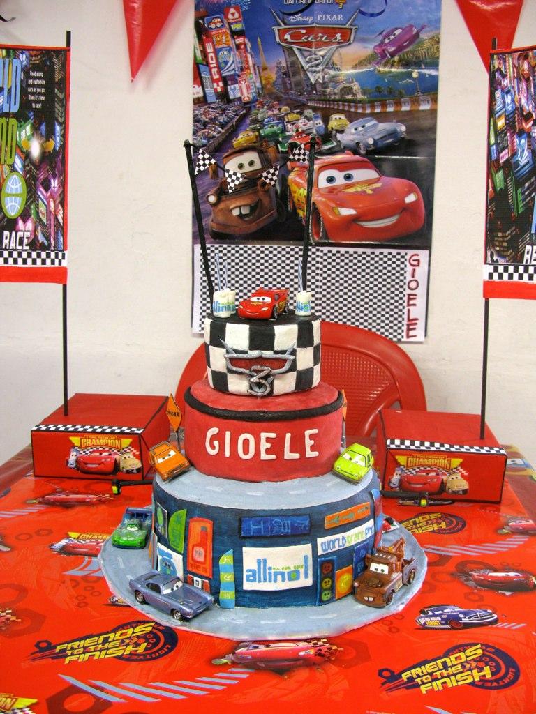 Car Cake Image Free Download : Image Cars 2 Birthday Cake Download