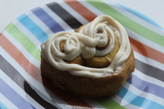 Frosted Heart Cinnamon Roll 3