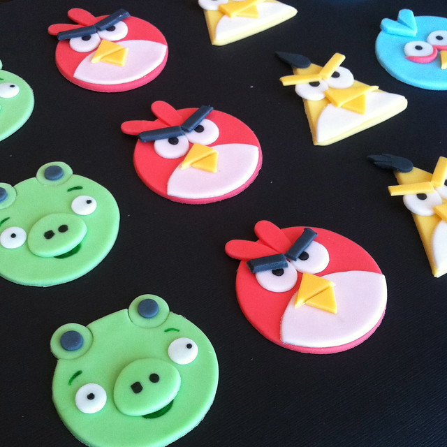 angry bird cupcakes toppers
