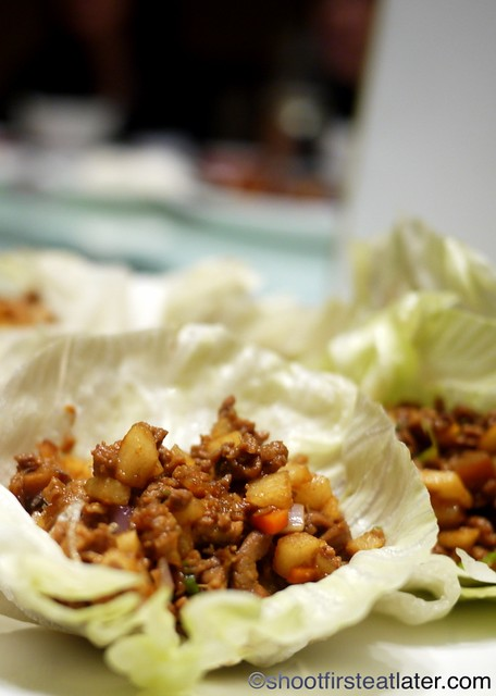 minced duck in lettuce cup