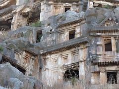 Myra: hrobky lýkijských patricijů i sv. Mikuláše