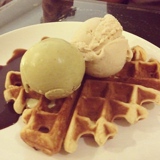Waffles with Pistachio Ice-cream, Udders