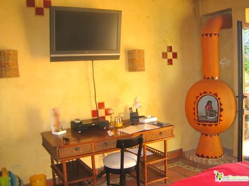 mexican decor of master suite in roatan honduras