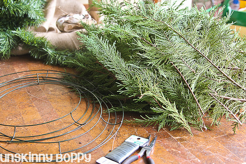 DIY Evergreen Christmas wreaths (1 of 16)