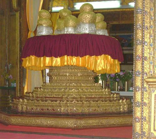 Inle-Phaung-Daw U (1)