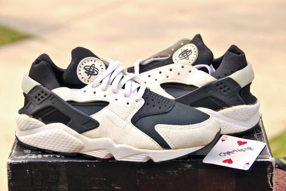 info for 3a131 098c1 ... 1992 Nike Air Huarache  by dishwab