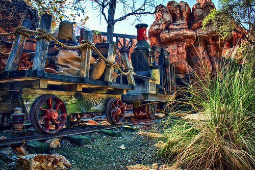Behind Big Thunder Mountain by hbmike2000