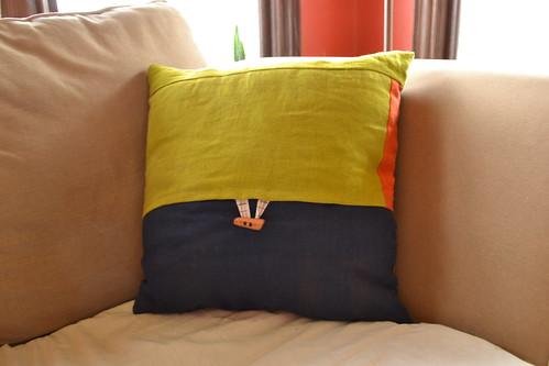 wonky log cabin pillow-back