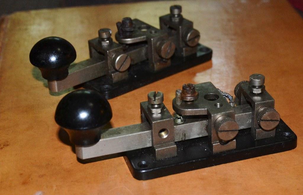 Morse Keys - PMG Aust. 1941