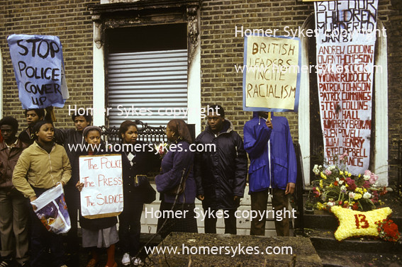 NEW CROSS FIRE 1981 1980S SOUTH LONDON BLACK COMMUNITY DEMONSTRATION UK